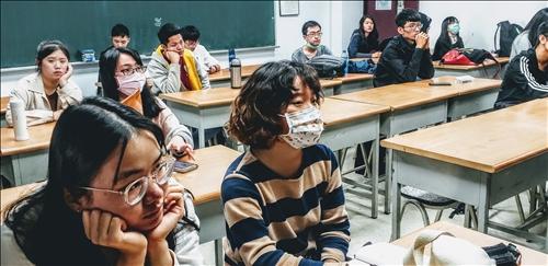 主講人與學生互動
