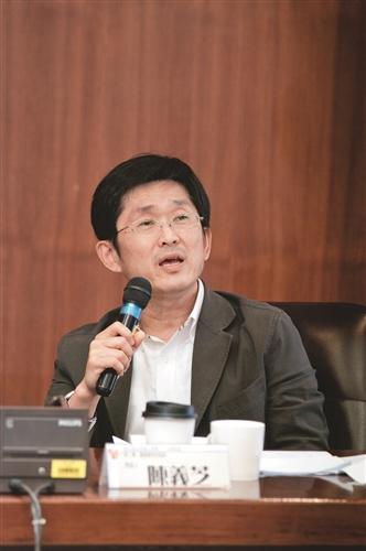 詩人 陳義芝