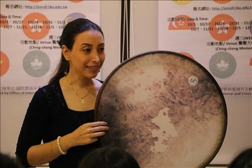 伊朗古琴樂者之表演