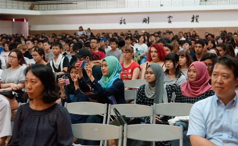 歡迎七百位境外新生加入淡江世界村