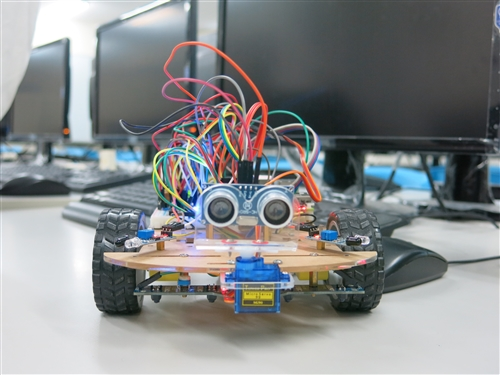 『Python程式設計暨智能車控制設計』工作坊