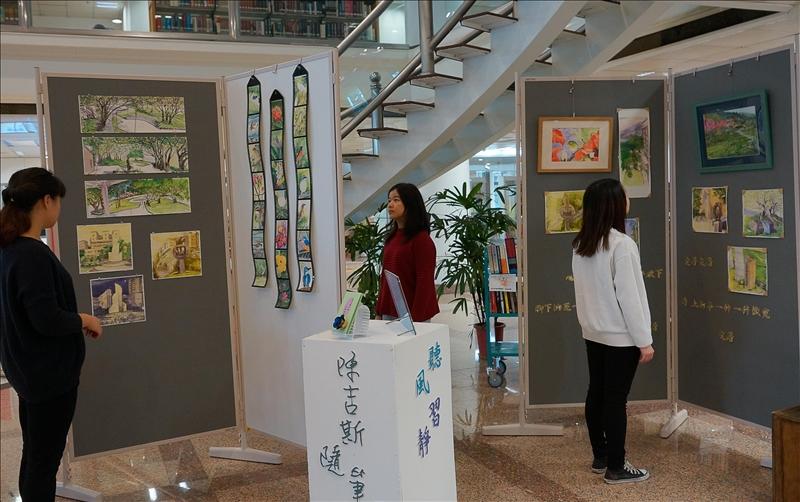 圖書館多元展覽 人資相遇的場域