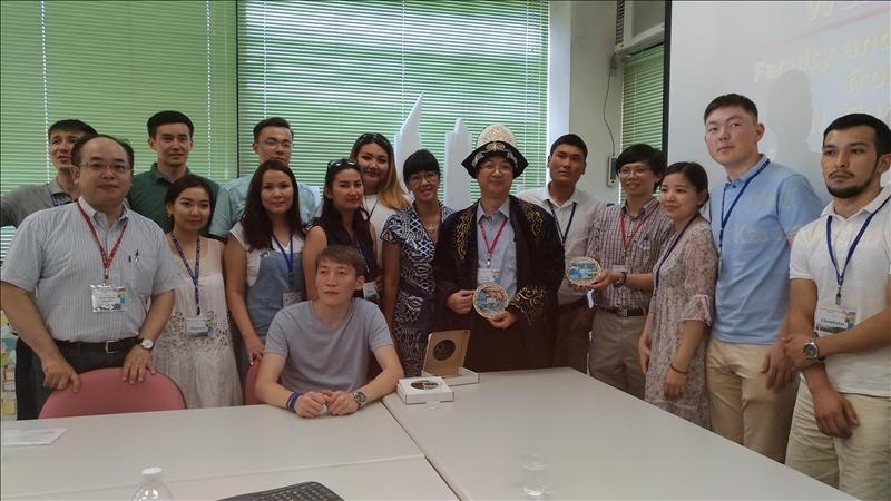 本校姊妹校哈薩克國立歐亞大學2017年暑期訪問團蒞校進行為期11天的短期研修課程。