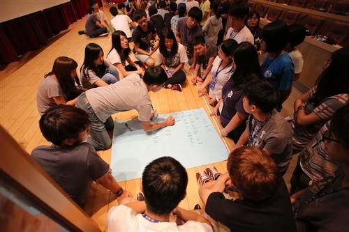 學務處舉辦103學年度「淡海同舟」社團負責人研習會。