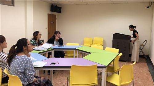 時代華語數位教材共備團開會。