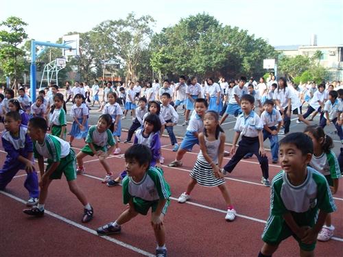 體適能有氧社-帶動中小學社團發展