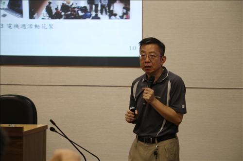 電機系李維聰老師分享頂石課程規劃