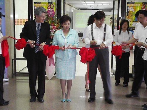 「2007遊學展暨第4屆地球村博覽會」本週在商館展示廳舉辦,讓參觀者體驗各國文化,了解當地生活環境,拓展視野。