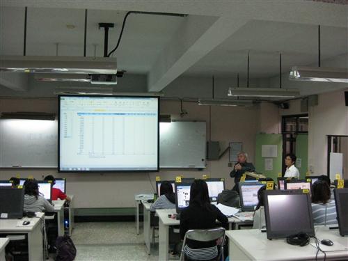 【智慧大樹】資料處理實務講座-網路樞紐分析表建置之訣竅