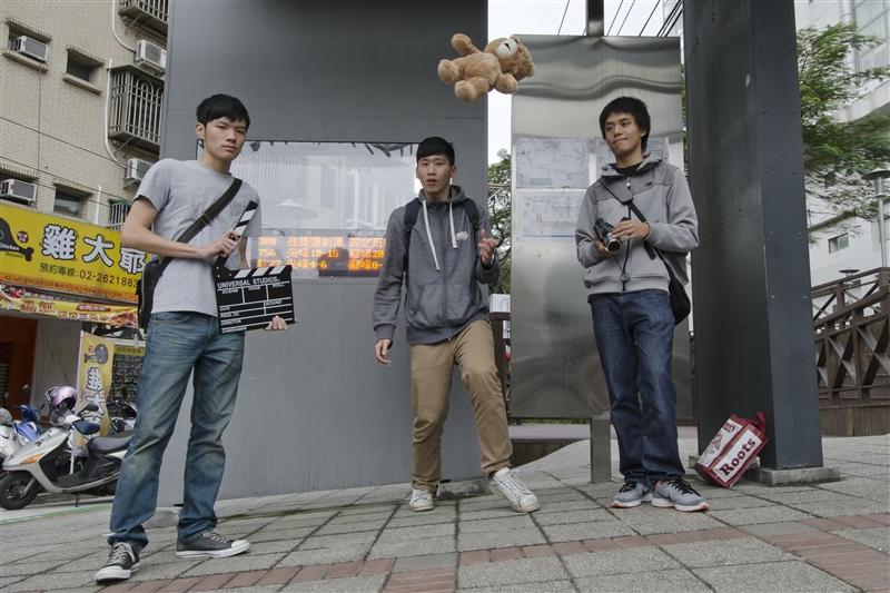 運管系「CU ONE」團隊榮獲HiNet光世代微電影校園組冠軍。