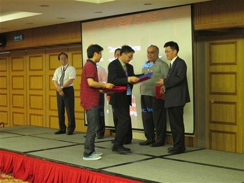 機電系學生榮獲「第11屆國際熱管硏討會」最佳論文奬。