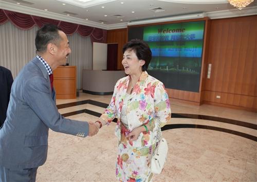 日本同志社大學校長村田晃嗣蒞校訪問。