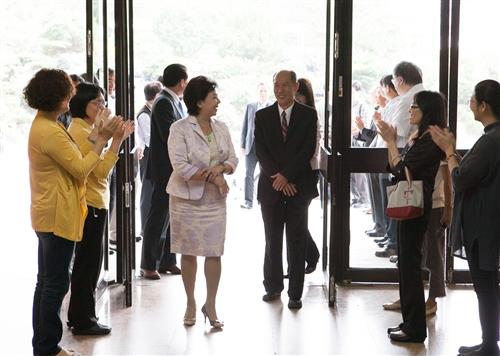 商管大樓煥然一新,商管學院舉辦「新創.創新」茶會。