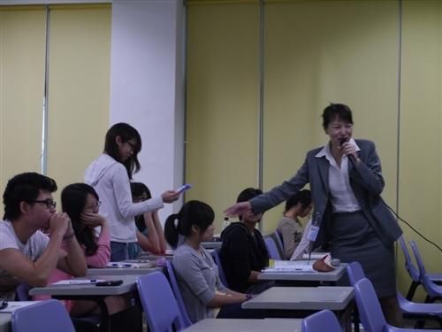 觀光系企業導師請益-中華航空公司空地勤職務介紹與招募