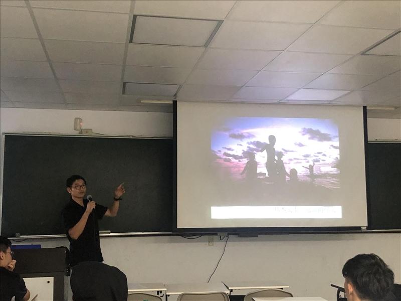 講師講解有關攝影的重要因素