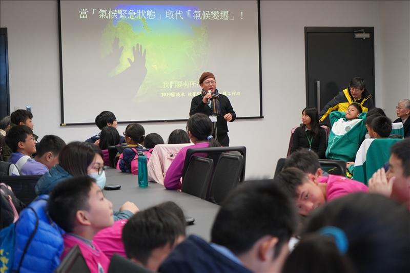 文化國小蘇穎群校長代表七校致詞肯定淡江大學的積極投入