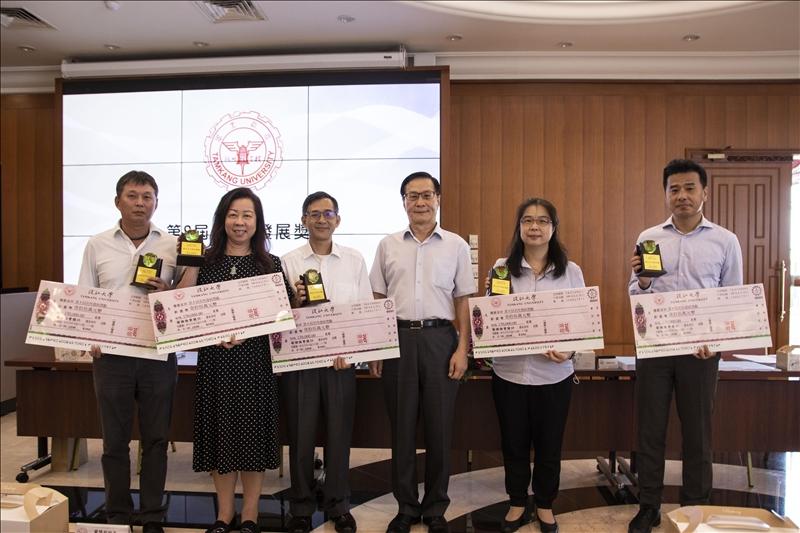 校務會議頒發系所發展獎勵 土木日文航太財金會計獲獎