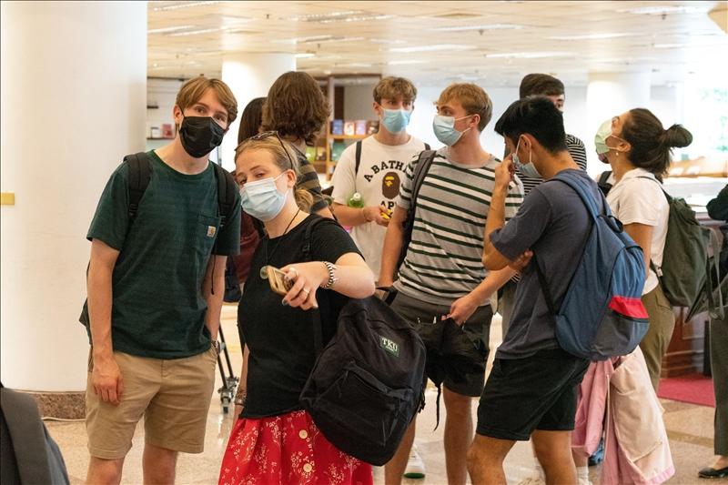 期待牛肉麵珍珠奶茶 愛丁堡大學漢學系12學生來臺學中文