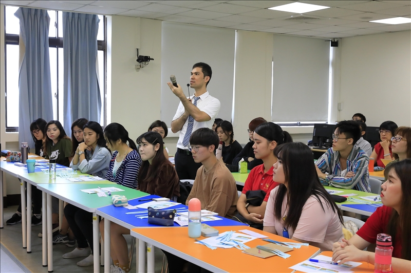 國際事務學院獲教育部雙語化重點培育學院補助